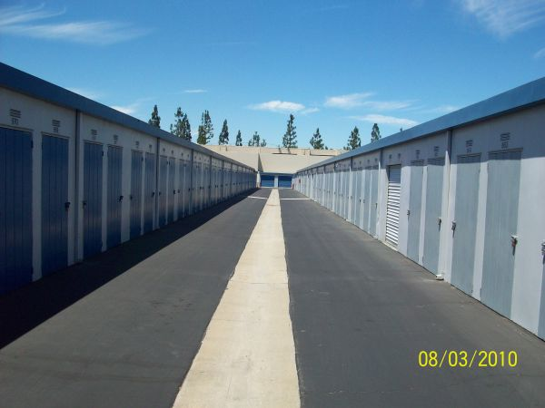 Mini Public Storage - Stanton Self Storage 11342 Western Ave Stanton, CA - Photo 3