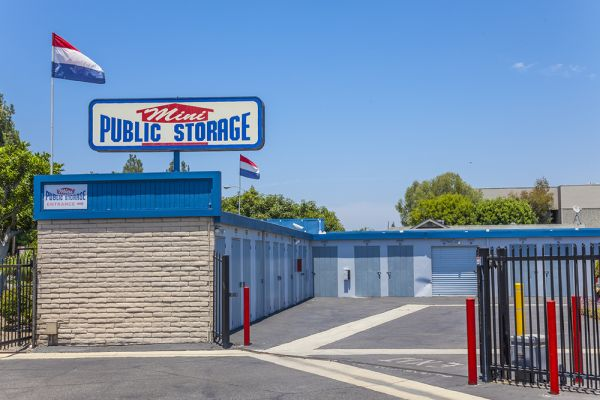 Mini Public Storage - Stanton Self Storage 11342 Western Ave Stanton, CA - Photo 8