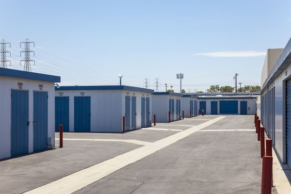 Mini Public Storage - Stanton Self Storage 11342 Western Ave Stanton, CA - Photo 13