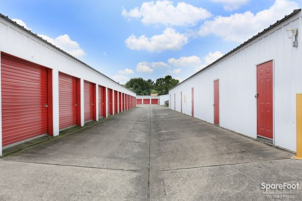 Devon Self Storage - Pasadena 6045 Fairmont Pky Pasadena, TX - Photo 8