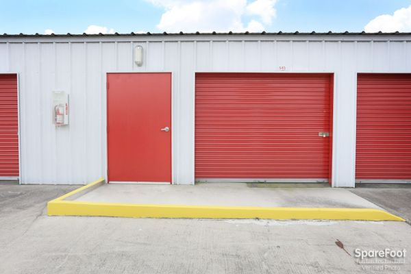 Devon Self Storage - Pasadena 6045 Fairmont Pky Pasadena, TX - Photo 12
