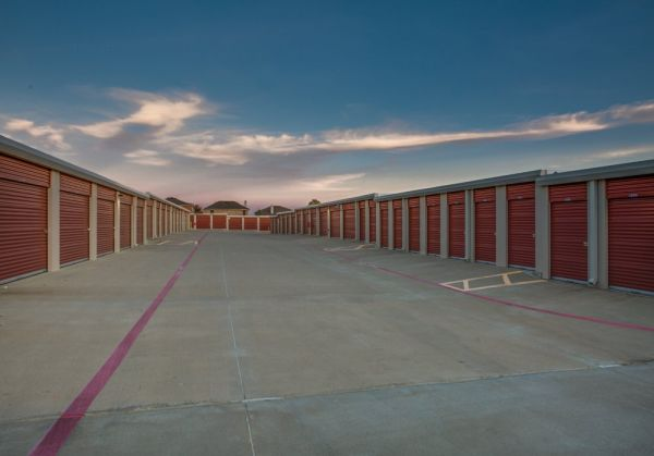 Advantage Storage - Denton 4205 Teasley Ln Denton, TX - Photo 5