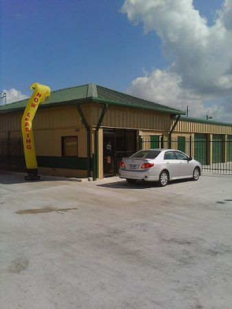 Storage depot brownsville exp 77 lowest rates for English motors brownsville texas
