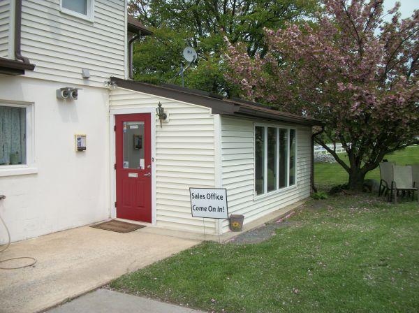 Economy Self Storage 3016 Horseshoe Pike Honey Brook, PA - Photo 3