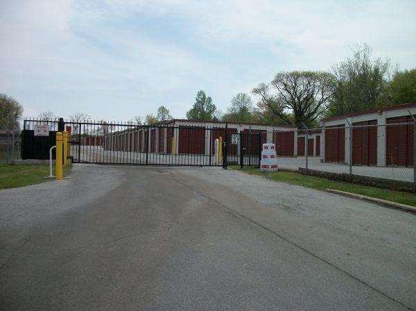 Economy Self Storage 3016 Horseshoe Pike Honey Brook, PA - Photo 4