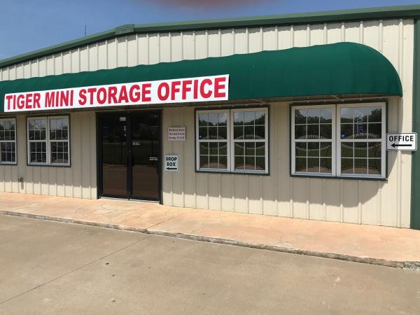 Tiger Mini Storage Lowest Rates Selfstorage Com