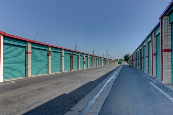 Outback Self Storage 1934 E Taft Ave Orange, CA - Photo 5