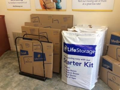 Life Storage - Wagaraw 445 Wagaraw Rd Fair Lawn, NJ - Photo 6