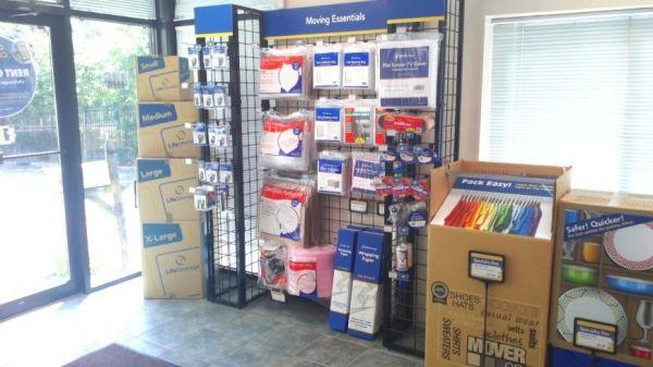 Life Storage - Wagaraw 445 Wagaraw Rd Fair Lawn, NJ - Photo 6