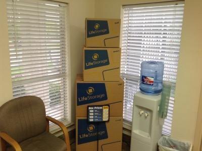 Life Storage - Bedford - Crystal Springs Street 2905 Crystal Springs Street Bedford, TX - Photo 4