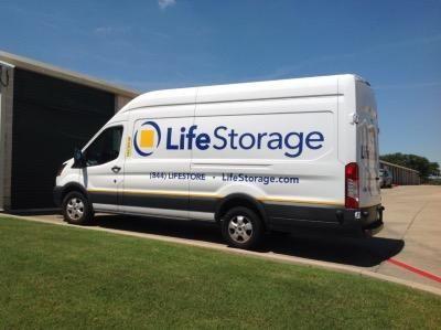 Life Storage - Bedford - Crystal Springs Street 2905 Crystal Springs Street Bedford, TX - Photo 5