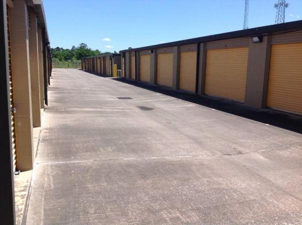 Life Storage - Spring - Louetta Road 6911 Louetta Road Spring, TX - Photo 4