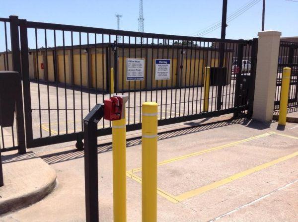 Life Storage - Spring - Louetta Road 6911 Louetta Road Spring, TX - Photo 7