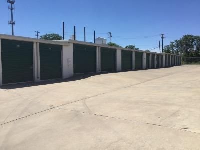 Life Storage - Round Rock - South IH-35 550 S Interstate 35 Round Rock, TX - Photo 2