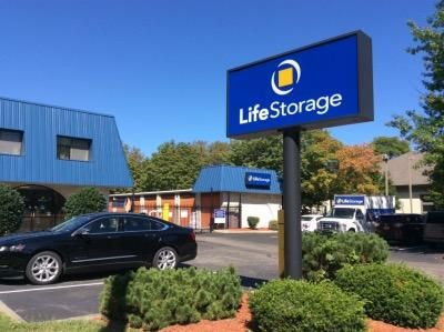 Life Storage - Englewood 390 S Van Brunt St Englewood, NJ - Photo 0