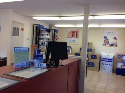 Life Storage - Piscataway 500 Stelton Rd Piscataway, NJ - Photo 2