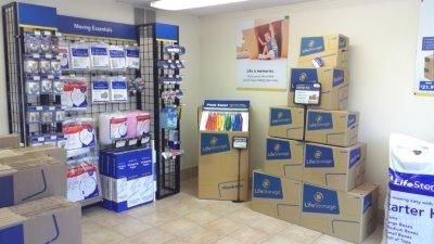 Life Storage - Piscataway 500 Stelton Rd Piscataway, NJ - Photo 7