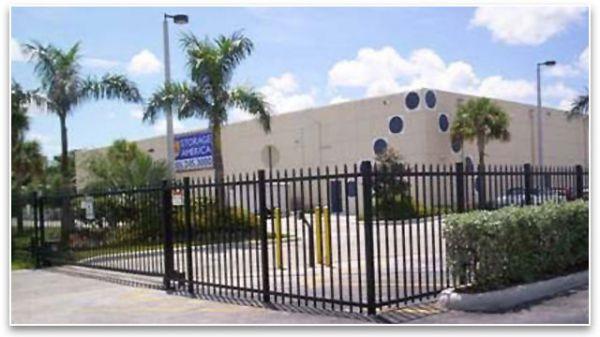 Storage America - Homestead 1596 NE 8th St Homestead, FL - Photo 1
