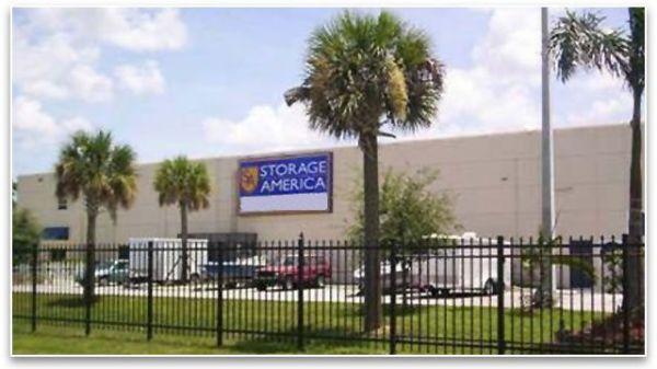Storage America - Homestead 1596 NE 8th St Homestead, FL - Photo 0