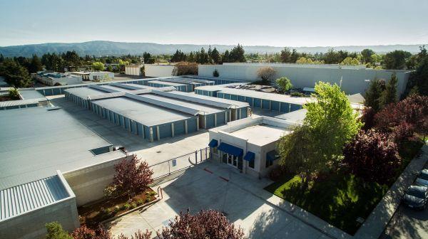 Peninsula Storage Center II 2409 Leghorn St Mountain View, CA - Photo 1