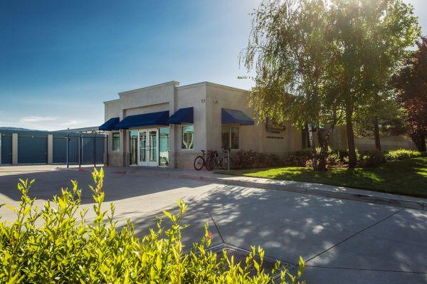 Peninsula Storage Center II 2409 Leghorn St Mountain View, CA - Photo 2