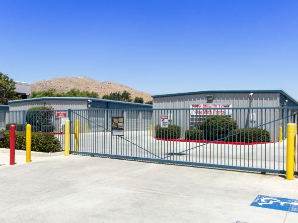 Western States Self Storage 23190 Hemlock Ave Moreno Valley, CA - Photo 2