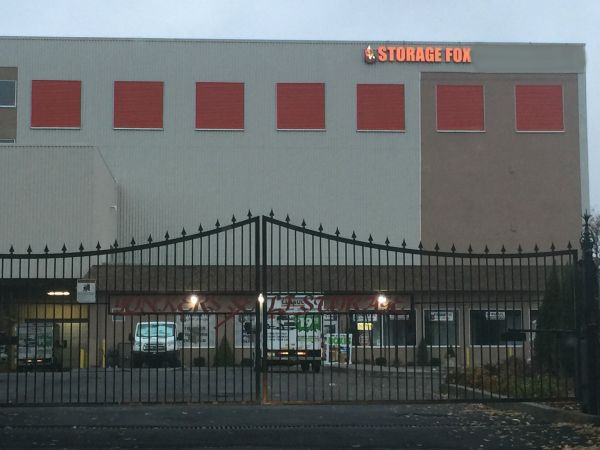 Storage Fox Self Of Yonkers And Uhaul199 280 Fullerton Ave Ny