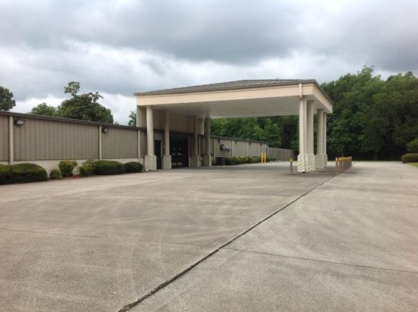 Life Storage - Pensacola - North Palafox Street 5060 N Palafox St Pensacola, FL - Photo 4