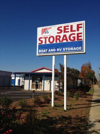 Devon Self Storage Fontaine Rd 3417 Memphis Tn Photo