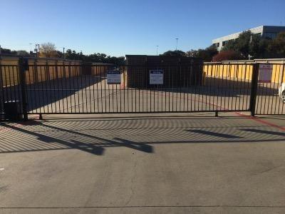 Life Storage - Arlington - East Lamar Boulevard 1620 E Lamar Blvd Arlington, TX - Photo 7