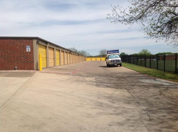 Life Storage - Bedford - Highway 121 2904 Highway 121 Bedford, TX - Photo 3