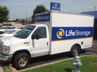 Life Storage - Benbrook 6162 Southwest Blvd Benbrook, TX - Photo 2