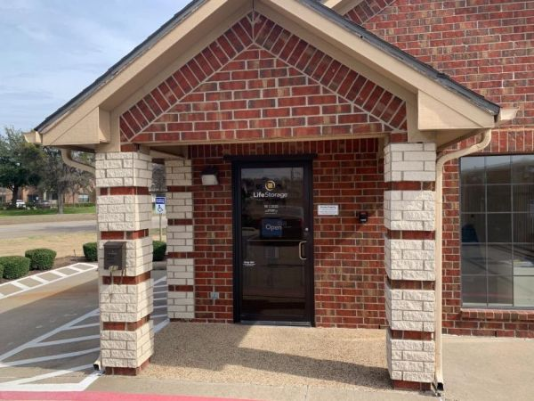 Life Storage - Coppell 585 S Macarthur Blvd Coppell, TX - Photo 0
