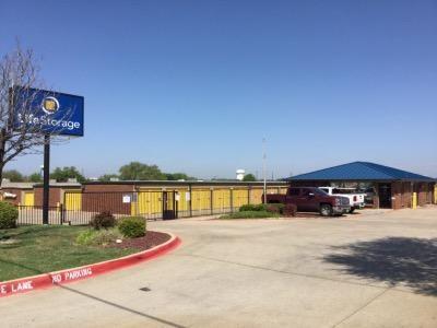 Life Storage - Plano - Plano Parkway 4005 W Plano Pky Plano, TX - Photo 0