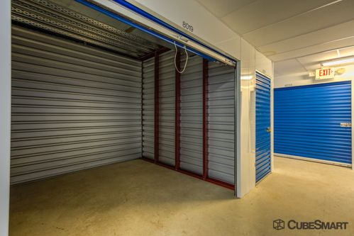 CubeSmart Self Storage - Leesburg - 847 Trailview Blvd Se 847 Trailview Blvd SE Leesburg, VA - Photo 4