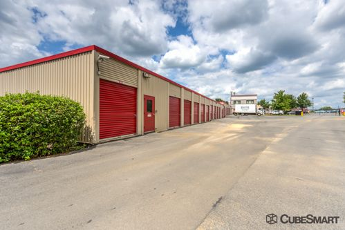 CubeSmart Self Storage - Leesburg - 847 Trailview Blvd Se 847 Trailview Blvd SE Leesburg, VA - Photo 6