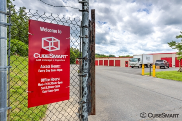 CubeSmart Self Storage - Leesburg - 847 Trailview Blvd Se 847 Trailview Blvd SE Leesburg, VA - Photo 9