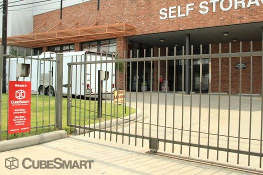 CubeSmart Self Storage - Houston - 1019 W Dallas St 1019 W Dallas St Houston, TX - Photo 4