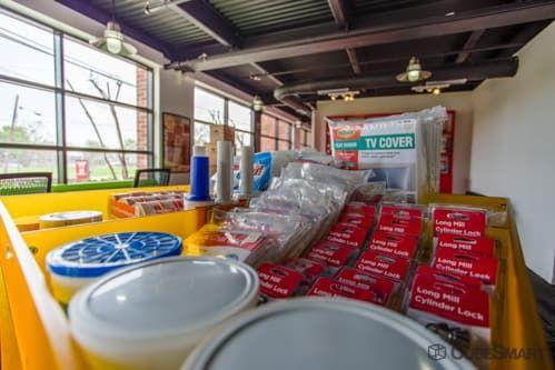 CubeSmart Self Storage - Houston - 1019 W Dallas St 1019 W Dallas St Houston, TX - Photo 5