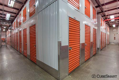 CubeSmart Self Storage - Bronx - 955 Bronx River Ave 955 Bronx River Ave Bronx, NY - Photo 8