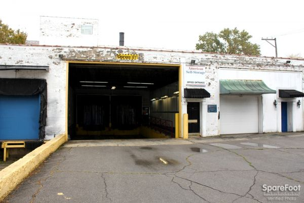 American Self-Storage LLC 5509 S Oakley Ave Chicago, IL - Photo 0