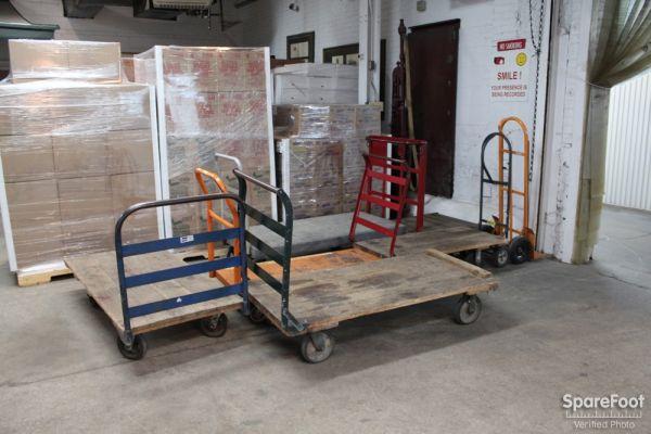 American Self-Storage LLC 5509 S Oakley Ave Chicago, IL - Photo 7