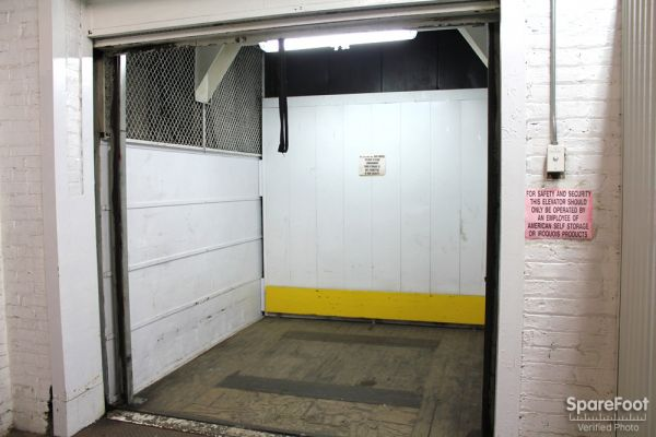 American Self-Storage LLC 5509 S Oakley Ave Chicago, IL - Photo 8