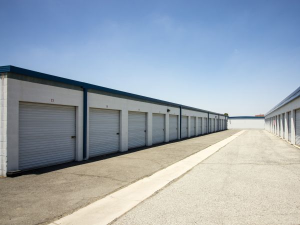 Sun City Mini Storage 27460 McCall Blvd Sun City, CA - Photo 13