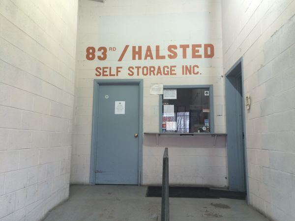 83rd & Halsted Self Storage 8316 S Birkhoff Ave Chicago, IL - Photo 3