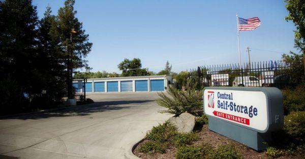 Central Self Storage - Merced 3 W 23rd St Merced, CA - Photo 4