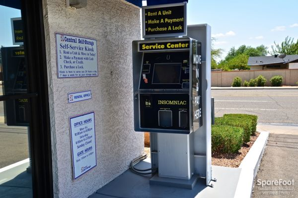 Central Self Storage - Cactus 5240 W Cactus Rd Glendale, AZ - Photo 4