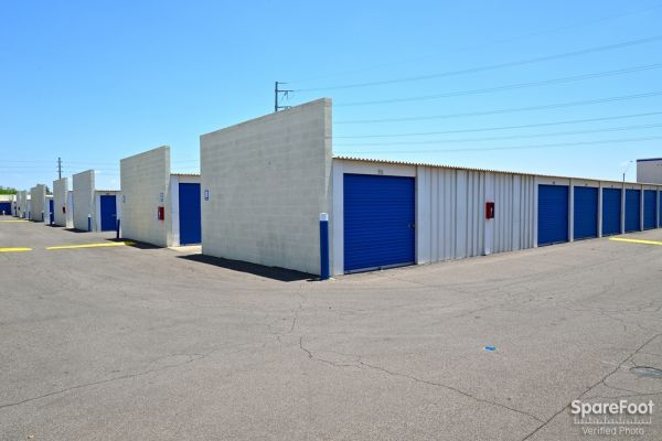 Central Self Storage - Cactus 5240 W Cactus Rd Glendale, AZ - Photo 6