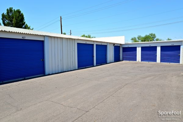 Central Self Storage - Cactus 5240 W Cactus Rd Glendale, AZ - Photo 7