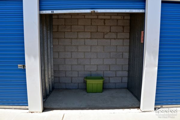 Central Self Storage - Cactus 5240 W Cactus Rd Glendale, AZ - Photo 11